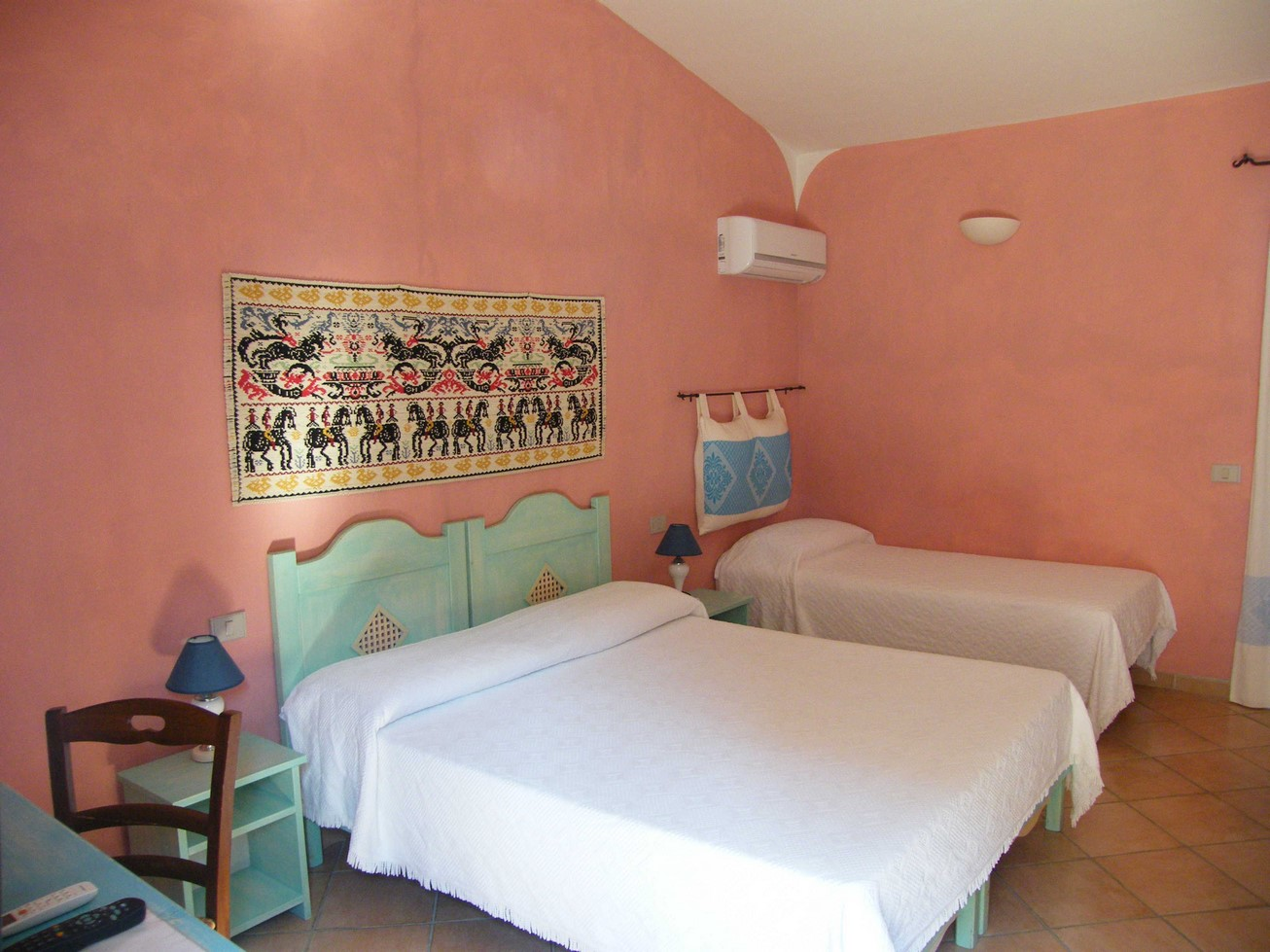Triple-Bed Room